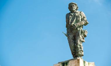サンタ・クララ キューバ チェ・ゲバラ 銅像