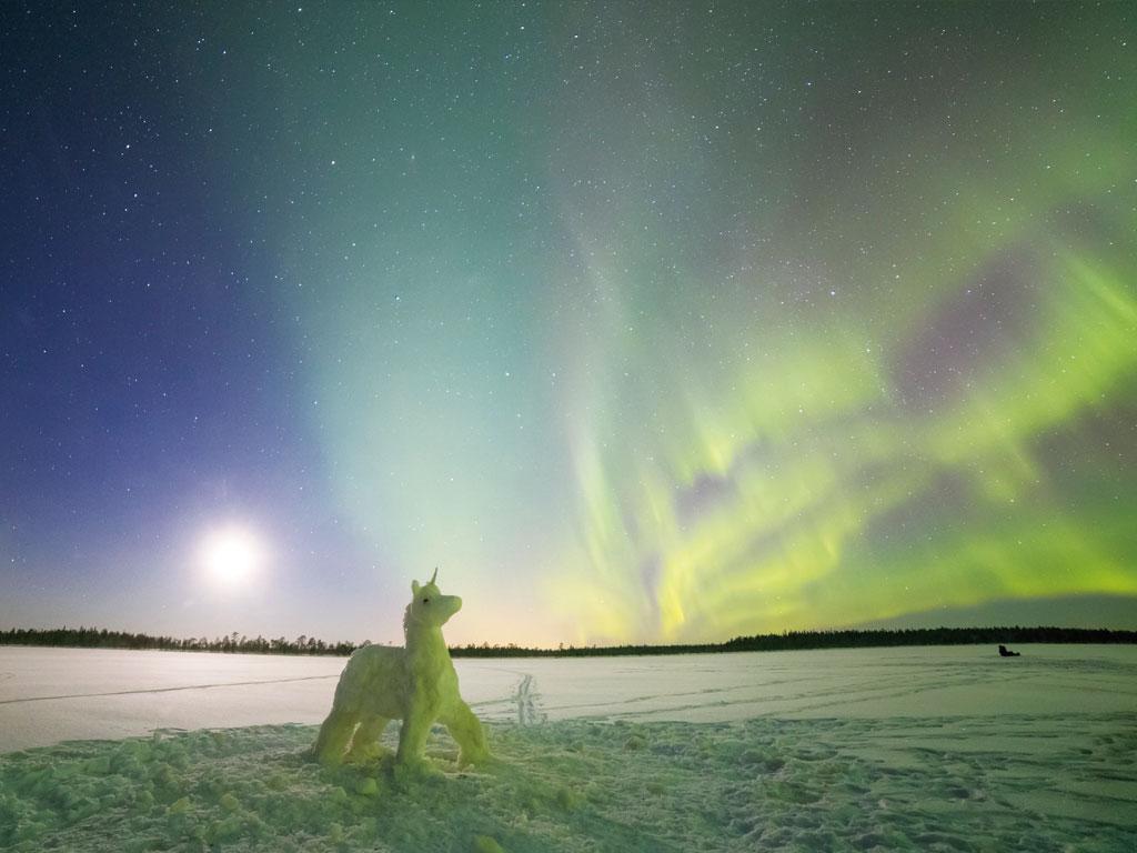 オーロラ 雪だるま ユニコーン ランプランド地方 フィンランド